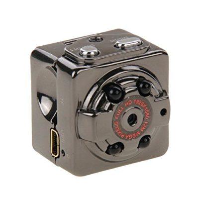 Rubik camera SQ8 quay lén